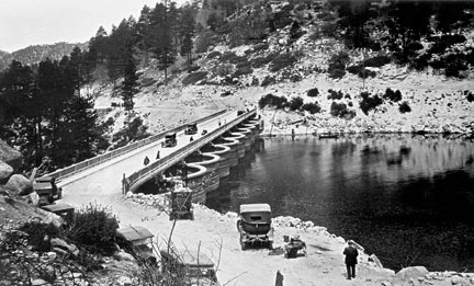 The new bridge across the top of the Eastwood dam at Big Bear Lake was completed in 1925.  It linked the Rim Of The World Highway with the new south shore road to Big Bear Village.
