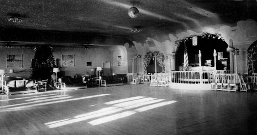 "The impressive huge ballroom in the ""new"" Stillwell's pavilion at Big Bear Lake. - Rick Keppler collection"