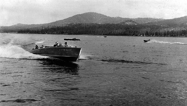 """Step In Again 2"" cruising Big Bear Lake in the 1940's.  -  Rick Keppler collection."